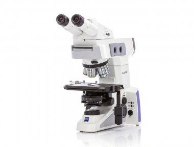 Mikroskop Axiolab 5 MAT für Auflicht-Hellfeld, Dunkelfeld und farbigen Polarisationskontrast