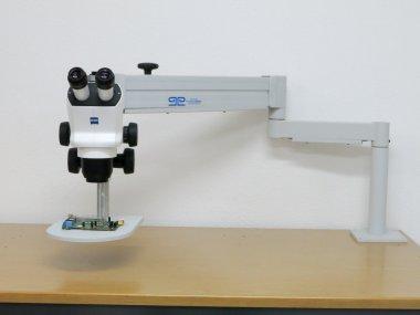 Flexi-Tischstativ mit Probenhalter / Zusatzplatte