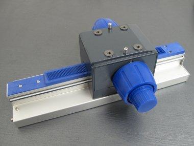 Stativsäule T-Profil mit Grob-Feintrieb 350mm