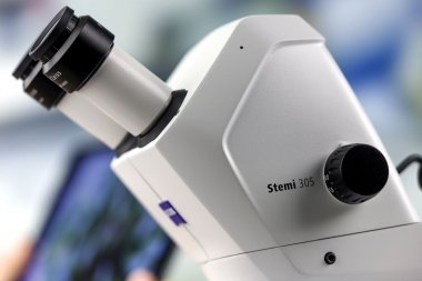 Mikroskopkörper Stemi 305 cam