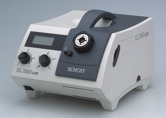 Kaltlichtquelle Schott KL 1500 LCD